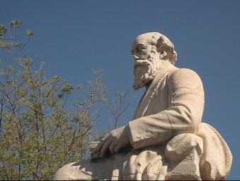 Monument a Eusebi Güell, industrial que surt a l''Historical dictionary', secció economia.  ARXIU