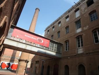 Edifici del centre Cultural Tecla Sala de l'Hospitalet de Llobregat.  ARXIU /ORIOL DURAN