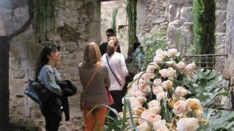 Un dels espais florals més visitats aquesta dies a la ciutat. DANI VILÀ