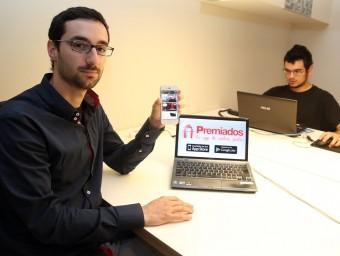 Abel Font explica que Premiados ha aconseguit arribar a les 20.000 descàrregues en sis mesos.  JUANMA RAMOS