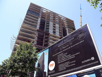 A Barcelona els promotors han tornat a construir i els experts avancen algun repunt de preus.  Foto:JUANMA RAMOS
