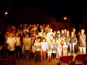 Els veïns de Gualta que van participar dissabte passat a l'homenatge a Joan Vinyoli J.P.P