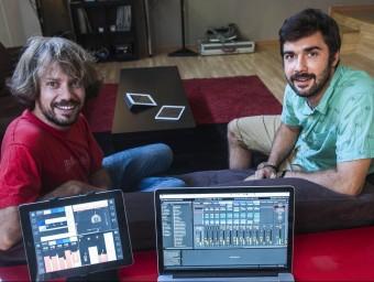 Julià Carboneras (esquerra) i Albert Minguell, que junt amb Oriol Rosell són els socis fundadors.  JOSEP LOSADA