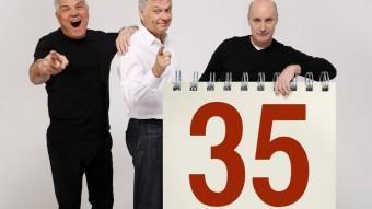 Són 3 de 35.  TRICICLE CELEBRA DEMÀ A VIC EL SEU 35 ANIVERSARI D'HISTÒRIA A ESCENA.XARLI DIEGO COMUNICACIO