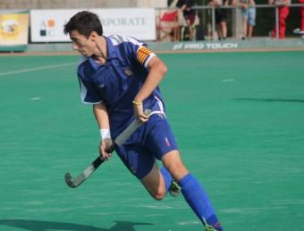 Perellón, en un partit amb la selecció juvenil. L'ESPORTIU