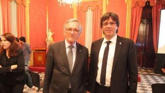 La presentació de Temps de Flors a Barcelona es va fer ahir a la Llotja de Mar amb els alcaldes Carles Puigdemont i Xavier Trias JUDIT FERNÀNDEZ