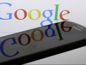 The internet giant has no intention of missing the opportunity to make the leap into the fast-growing, fiercely-competitive but profitable mobile sector. The new project will begin in the US and will initially be by invitation only.  Photo:REUTERS