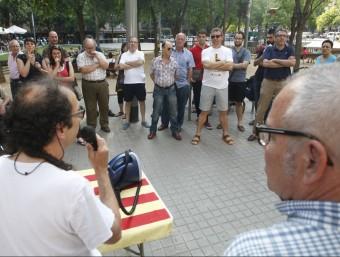 El berenar reivindicatiu d'ahir al barri de Sant Andreu ORIOL DURAN
