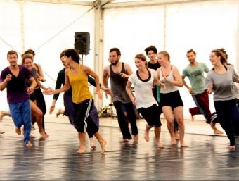 Els ballarins que participen als tallers de formació del Festival Deltebre Dansa passen una curat procés de selecció ACN