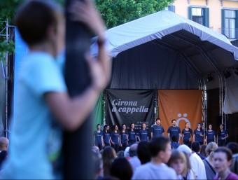 La coral In Crescendo, en plena actuació a Girona durant el festival A Cappella, el maig passat QUIM PUIG