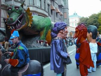 La cultura i els elements populars, com ara el seguici festiu i els gegants, centren el programa de les festes lleidatanes EL PUNT AVUI