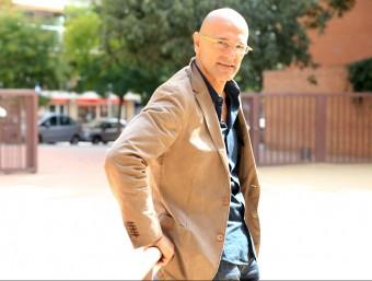 Romeva a tocar l'avinguda Madrid, on JxSí té la seu ANDREU PUIG