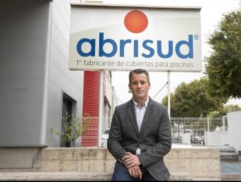 Fabrice Villa a la seu d'Abrisud d'Hospitalet de Llobregat.  Foto:JOSEP LOSADA