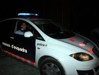Un cotxe dels Mossos trasllada el tresorer de CDC, Andreu Viloca, dels jutjats del Vendrell a la presó, aquest dijous al vespre ACN