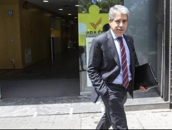 Francesc Homs sortint de la seu de CDC JOSEP LOSADA