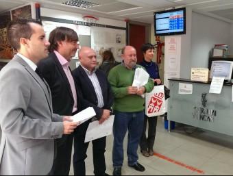 Moment en què es presentaven les al·legacions davant del PROP d'Alzira. CEDIDA