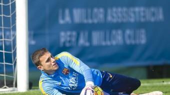 El tercer porter del Barça, Jordi Masip, en un entrenament. FCB