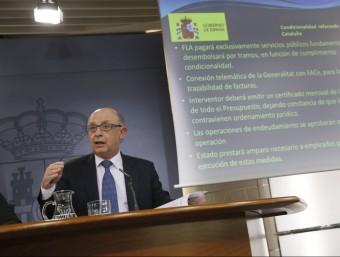 Cristóbal Montoro, divendres passat, explicant les condicions que imposa a Catalunya per rebre el FLA EFE