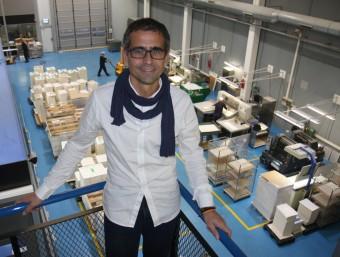 Albert Majós Cullell, director general de Maculart a la planta de l'empresa a Cerdanyola.  FRANCESC MUÑOZ