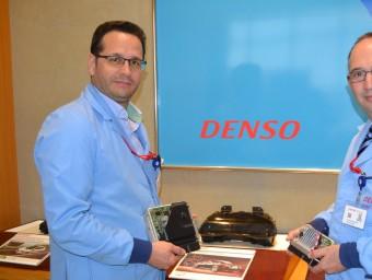 Eduard Macià, director general d'enginyeria, i Josep Manel Giménez, president de Denso.  Foto:RAMON ROCA
