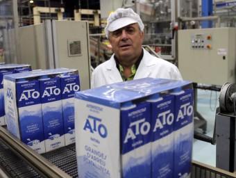 Jaume Pont, president d'ATO, a la planta de Vidreres.  QUIM PUIG