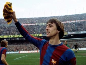 Innovem quan trenquem els esquemes que empresonen una realitat com fa fer Johan Cruyff.  ARXIU
