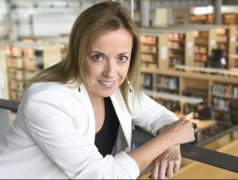 Marta Grañó, professora d'Emprenedoria a ESADE, a la biblioteca Cap Pont de la Universitat de Lleida.  Foto:SANTI IGLESIAS BOLDÚ