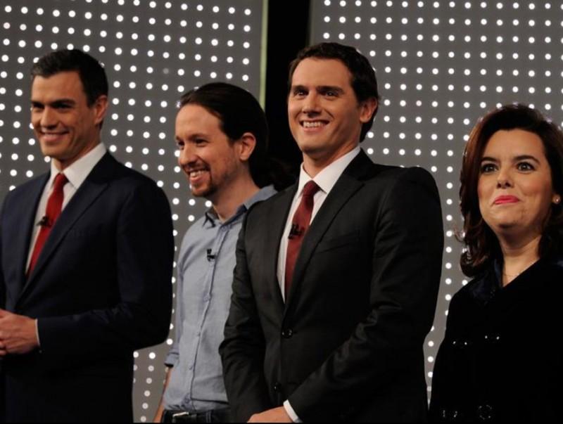 Sánchez, Iglesias, Rovira i Sáenz de Santamaría en un debat de les passades legislatives del 2015.  ARXIU