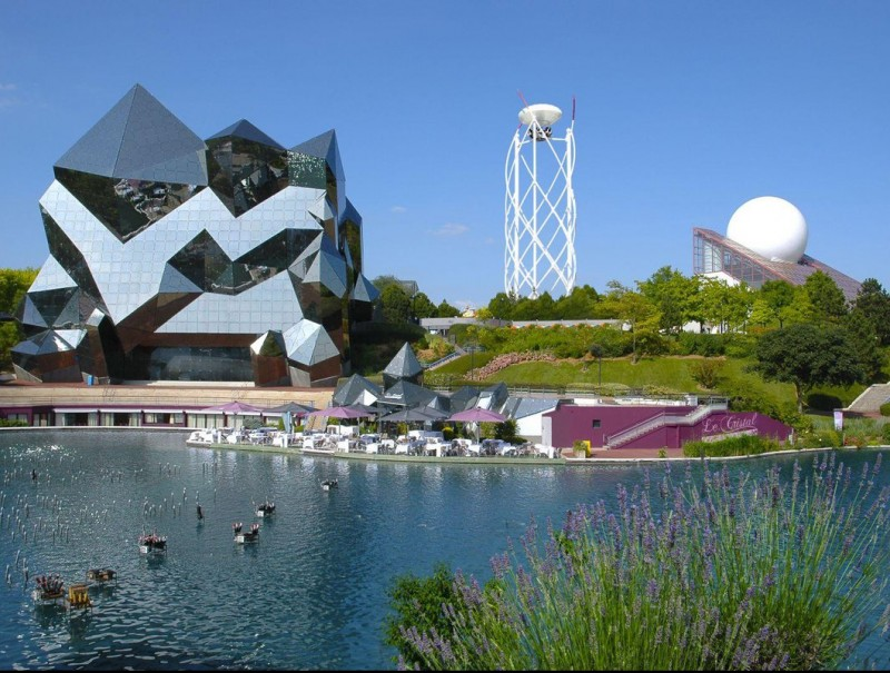 Futuroscope.  ARCHIVE