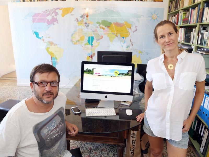 Pedro Armangué i Belen Cañete són els fundadors de Way Away.  ANDREU PUIG