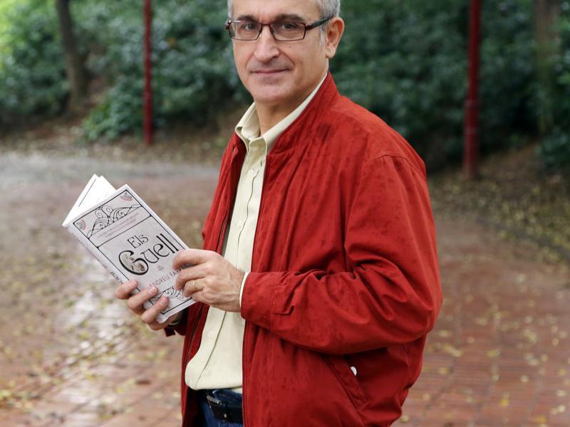 Andreu Farràs és també coautor de 'L'oasi català', 'El 23-F a Catalunya', 'L'ascensor' i 'Miquel Roca, l'últim segon'.  ANDREU PUIG