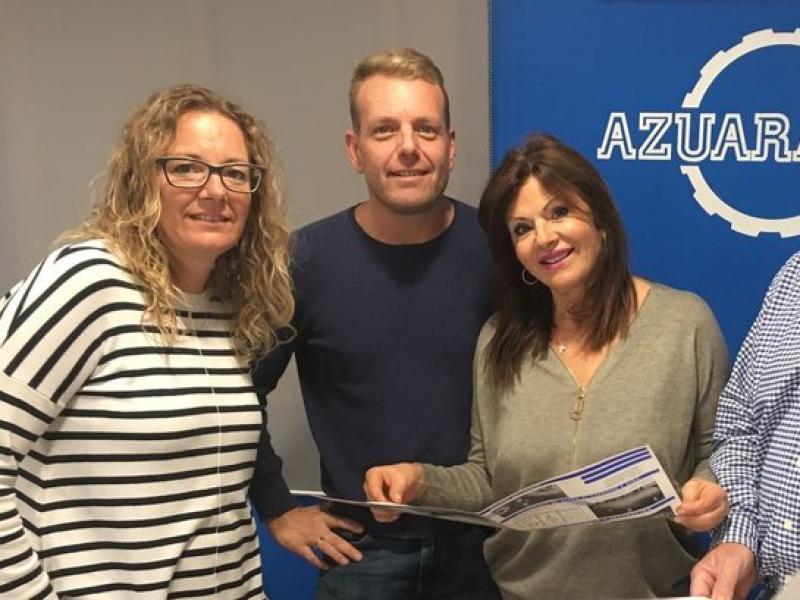Merche Azuara, directora d'administració; Jesús Azuara fill, director tècnic i María Amores i Jesús Azuara, propietaris de l'empresa.  ARXIU