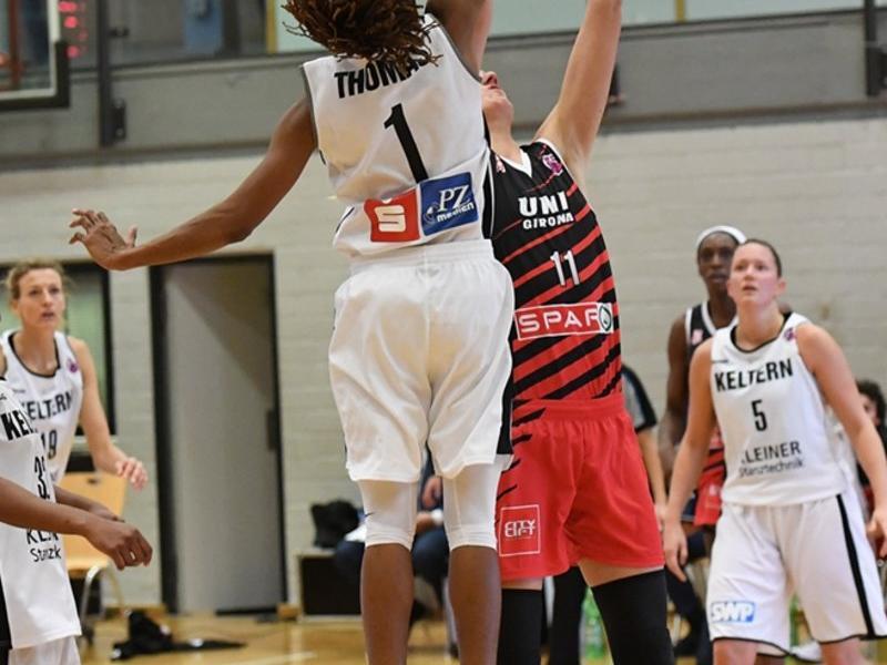 Gran salt de Jasmine Thomas amb Alminaite FIBAEUROPE