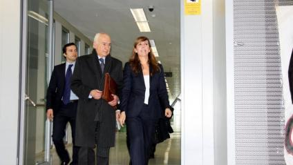 Carlos Rey, amb la seva clienta Alicia Sánchez-Camacho, en una imatge d'arxiu