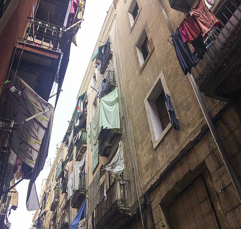 El raval es revolta francesc espiga barcelona - Pisos en alquiler barcelona capital ...