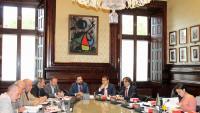 Els membres de la mesa del Parlament, reunits ahir en una llarga jornada per discutir sobre la suspensió de diputats