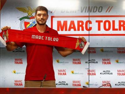 Marc Tolrà, durant la presentació com a nou jugador del Benfica