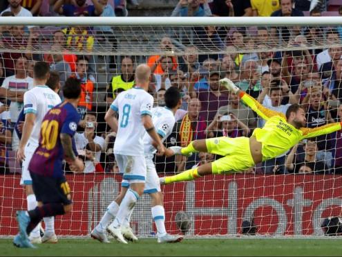 Messi va obrir la llauna amb un magistral llançament de falta