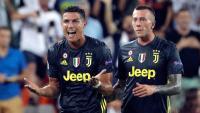 Cristiano Ronaldo queixant-se dimecres per l'expulsió