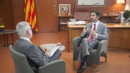 El conseller Jordi Puigneró entrevistat pel director d'El Punt Avui, Xevi Xirgo.