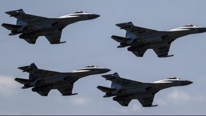 Avions militars Sukhoi Su-35 com els que l'empresa xinesa sancionada pels EUA va comprar a Rússia