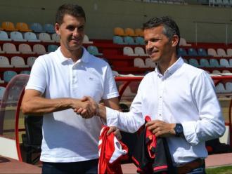Gordillo i Bartolo, poc acostumats al llarg de les seves carreres a estar sota els focus mediàtics, en la trobada d'ahir a l'estadi del Reus