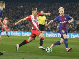 Maffeo i Rakitic, en un partit entre el Barça i el Girona de la temporada passada