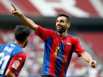 Enric Gallego celebra un dels tres gols marcats dissabte al Wanda Metropolitano