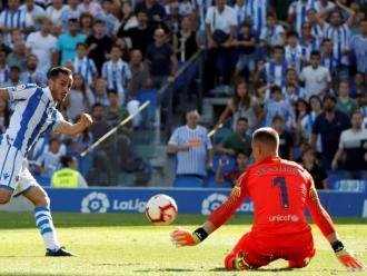 Ter Stegen, evitant un gol de Juanmi en el Real Sociedad-Barça