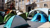 Imatge de les tendes situades a plaça Sant Jaume