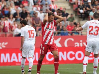 Stuani es lamenta durant el partit contra l'Eibar a Montilivi