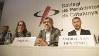 Jordi Pina –al centre– advocat de Jordi Sànchez, Jordi Turull i Josep Rull durant una roda de premsa conjunta amb advocats d'altres implicats en l'1-O