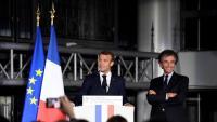 Macron, en un acte amb l'exministre de Mitterrand Jack Lang, ahir a París