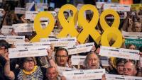 Una imatge de la concentració d'aquest dimarts a la plaça Catalunya per la llibertat dels presos a l'any de l'empresonament de Jordi Cuixart i Jordi Sànchez